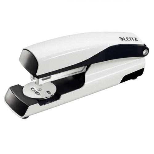 Leitz 5502 WOW metallinitoja valkoinen 30arkkia (24/6, 26/6) blisterpakattu(6kpl/ltk)